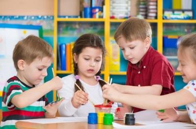 Можно ли встать на очередь в детский сад без прописки
